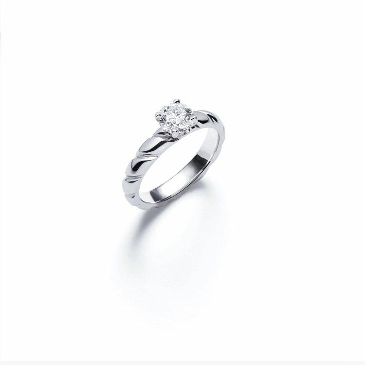 Torsade de Chaumet鉑金單鑽戒指,鑲嵌重約2克拉圓形明亮式切割或...