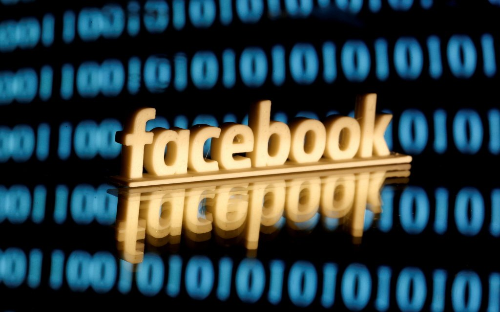 臉書就像個人履歷資料庫,凡走過必留下痕跡,也是企業雇主另一個求才考慮的加分條件。...