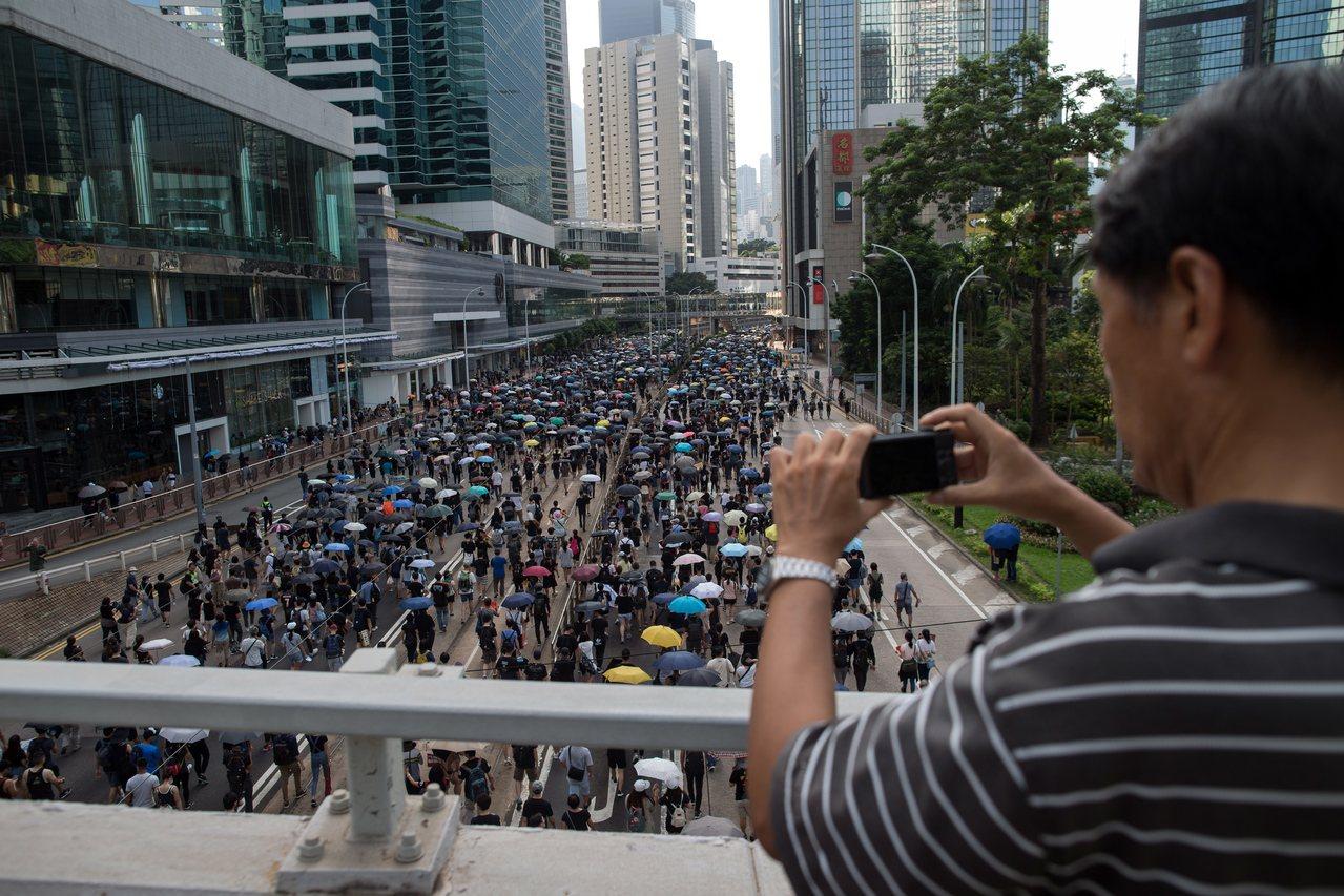 自6月爆發一連串反送中示威活動後,香港旅遊業大受影響。歐新社