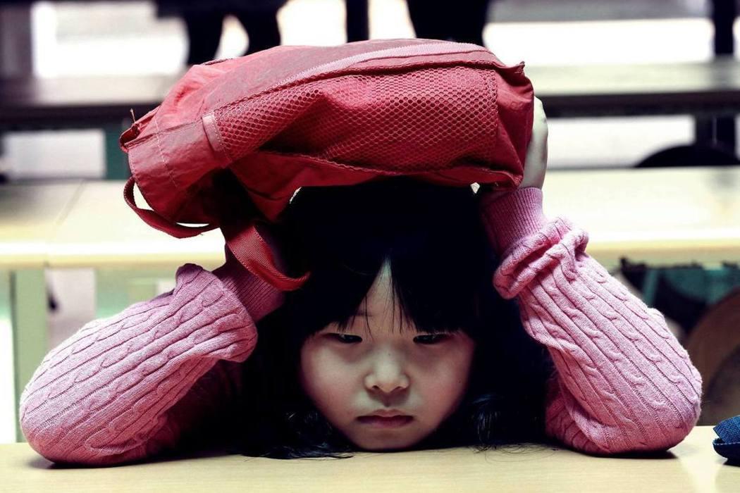 孩子被霸凌,父母該如何處理?從私審幼童案看起