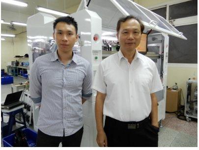 四方自動化機械總經理闕石男(右)、特助闕志宇。 翁永全/ 攝影