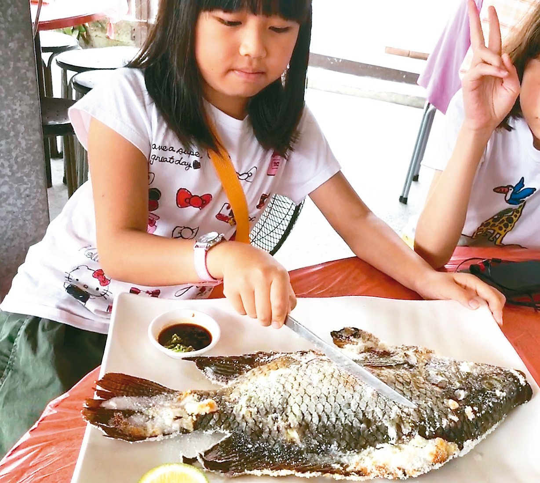 國人食魚量八年來衰退32%,學者認為原因出在沒人教孩子如何吃魚。 圖/聯合報系資...