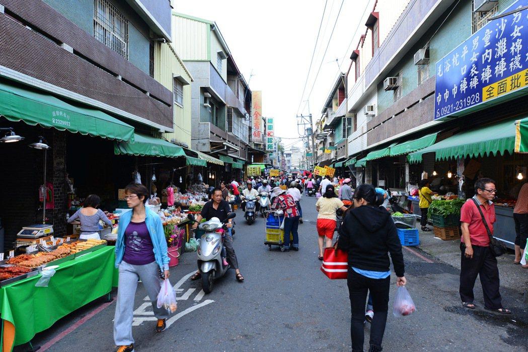 中山路市場商圈。圖片提供/郡豐建設