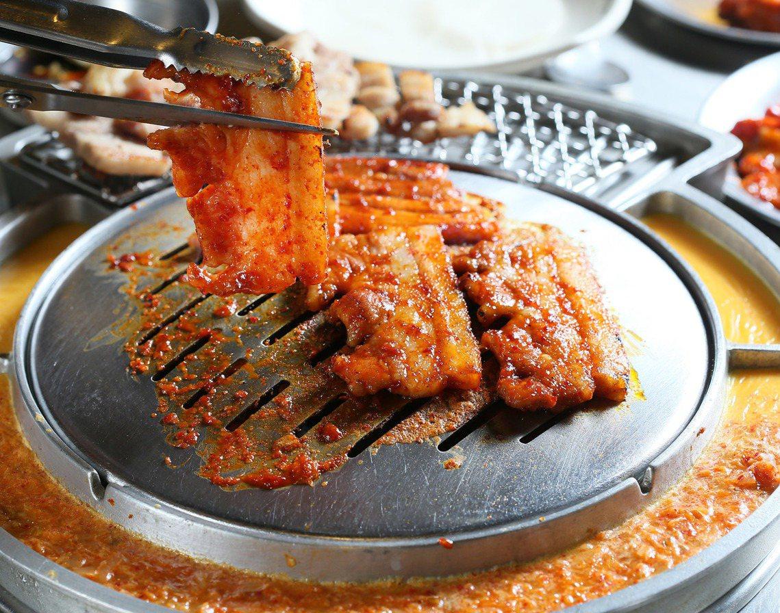 南韓的養豬業約佔全國畜牧業產值的40%,不僅是農業主力、本土的國產豬肉更是南韓國...
