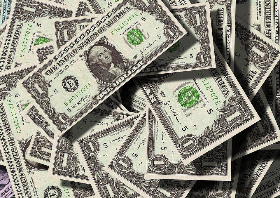 捐款者在捐款前應先查明來源與捐款去處,防止欺詐者將自己的愛心濫用。 圖/Pixa...