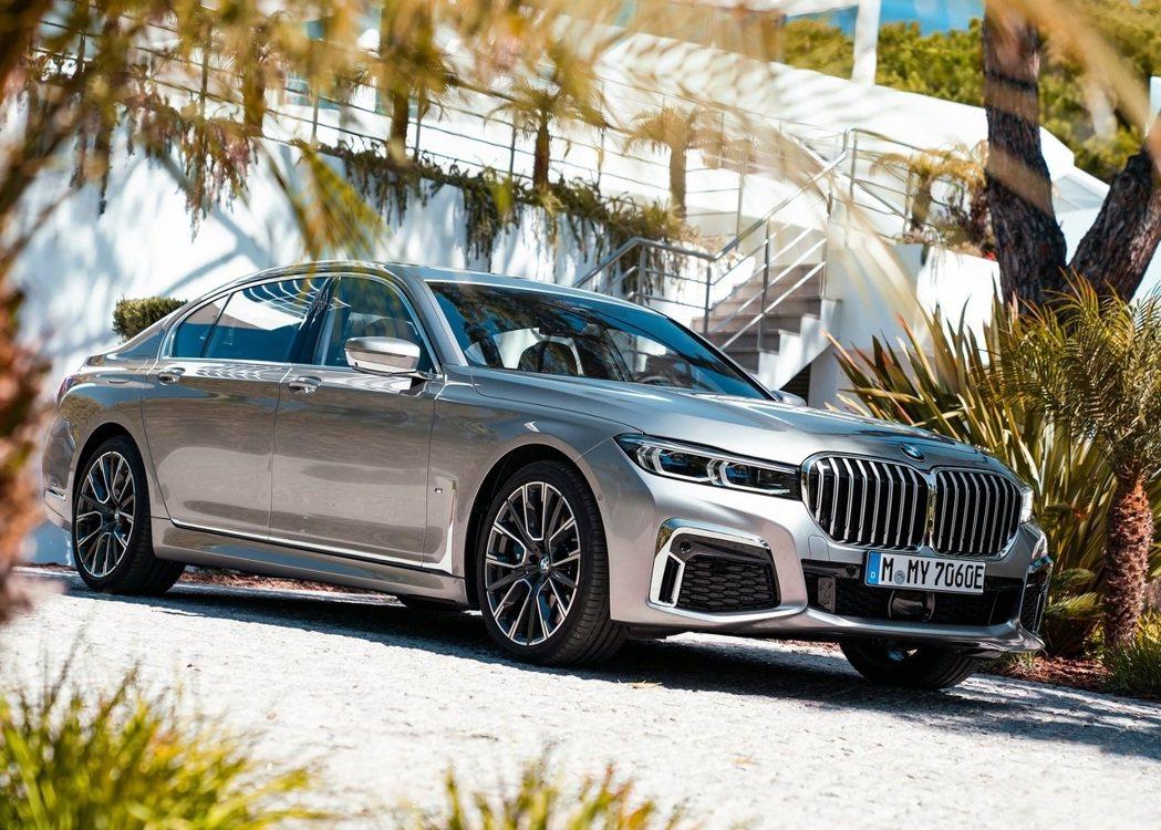 下一代M750Le 輸出將會達到550hp/81.5kgm。 摘自BMW