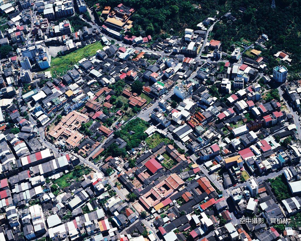 1999年 霧峰林家花園(921大地震前)