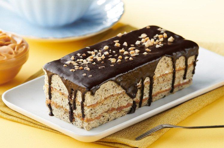 花生香緹蛋糕,售價89元(盒)。圖/全聯提供