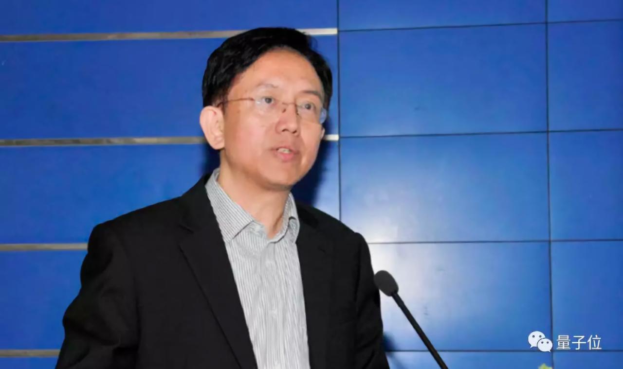 「天機芯」是由北京清華大學精密儀器系教授、類腦計算中心主任施路平領導的團隊所研發...