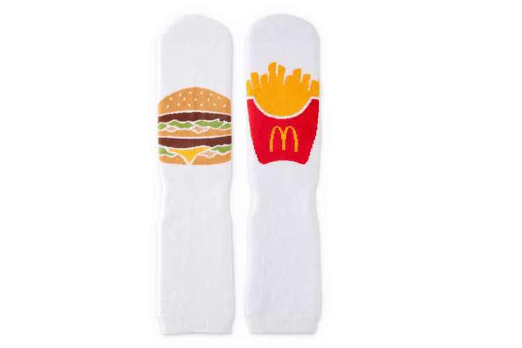 大麥克薯條歡樂襪。圖/麥當勞提供