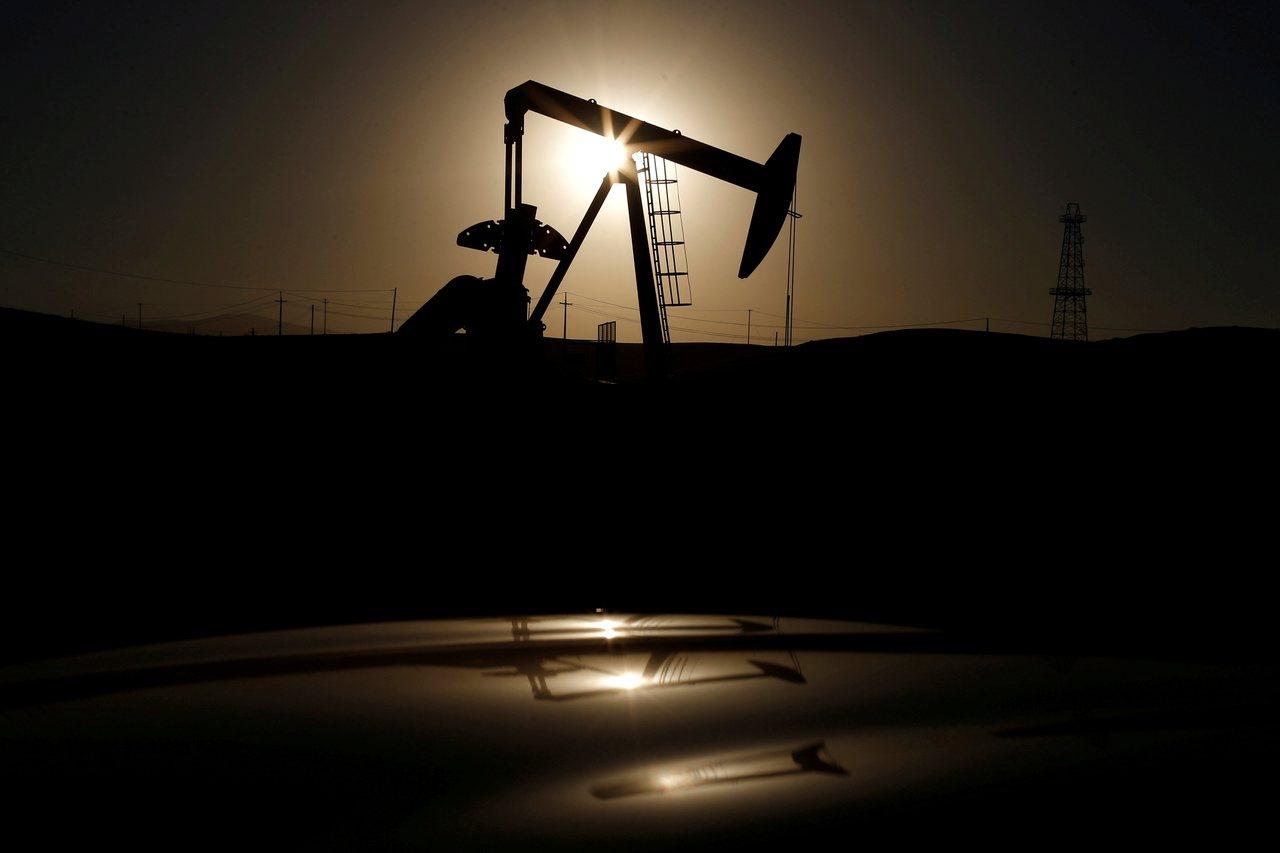 沙烏地阿拉伯石油設施遭攻擊,影響片及全球。 路透