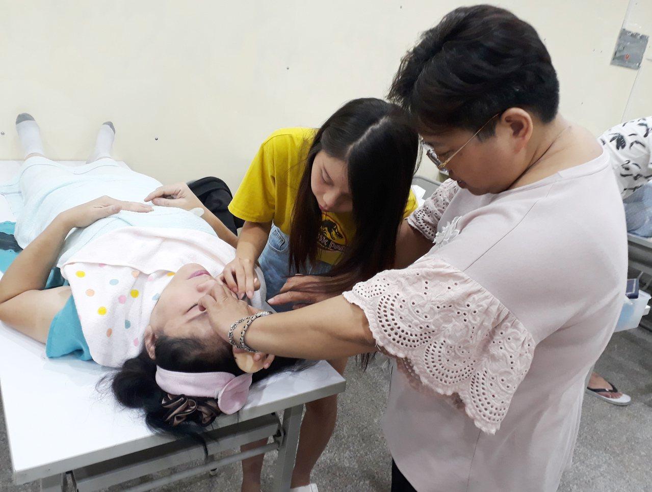 雲嘉南分署有各種實用職訓課程,協助民眾找到人生第二春。圖/分署提供