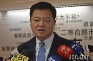 韓競選副總幹事周錫瑋懇求黨重新調整不分區名單