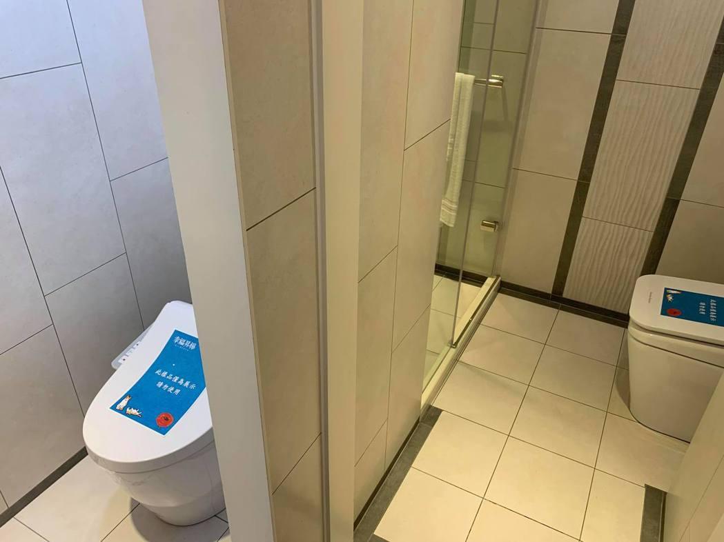 室內規劃雙馬桶設計,小坪數也能享有大效能。記者徐力剛/攝影