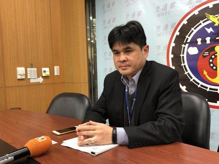 鐵道局副局長楊正君說明輕軌系統採購作業指引。本報資料照片,記者侯俐安/攝影
