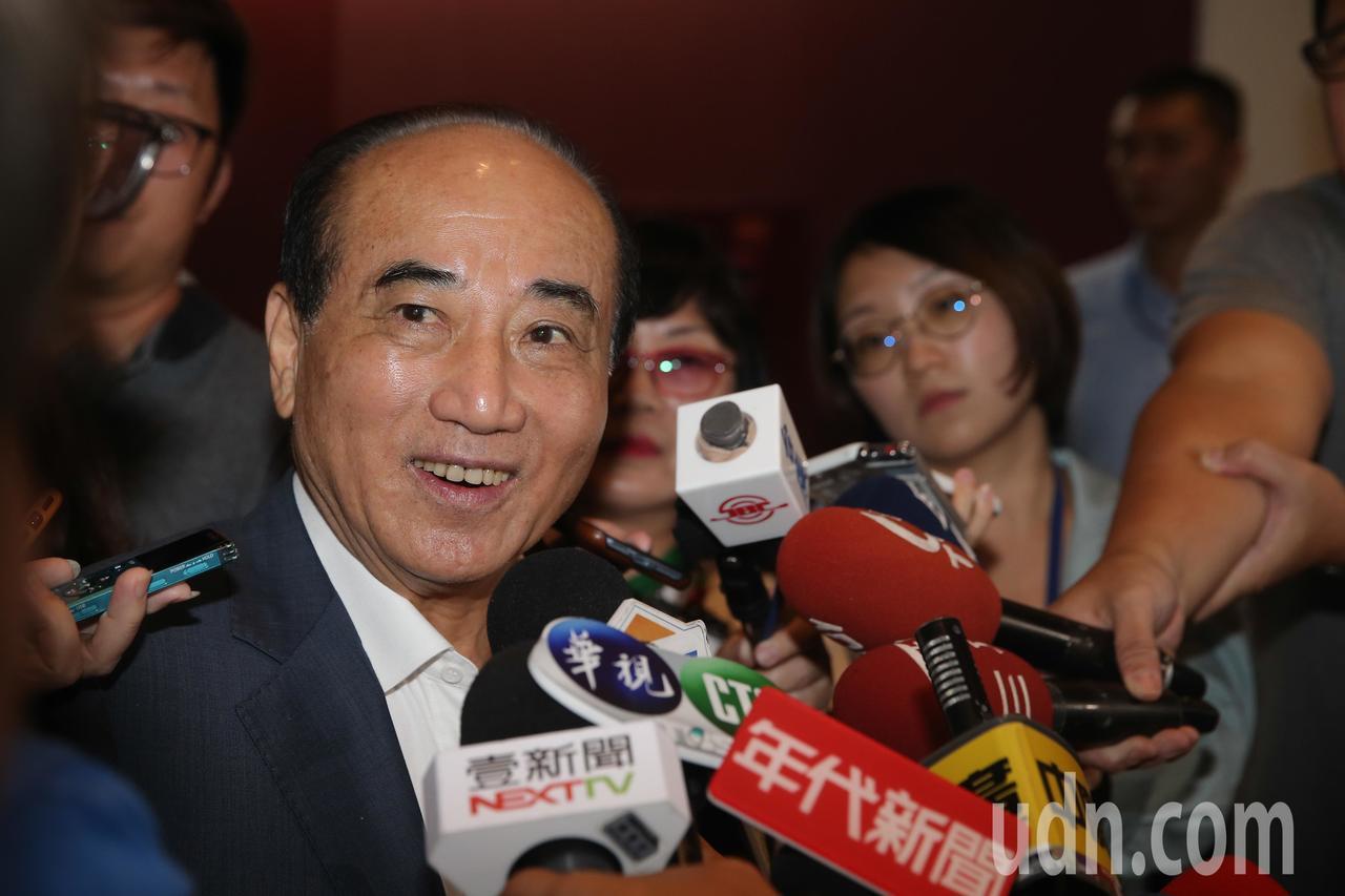 立法院前院長王金平說,國政團針對22縣市都制定白皮書,這次來拜會盧市長,就是要提...