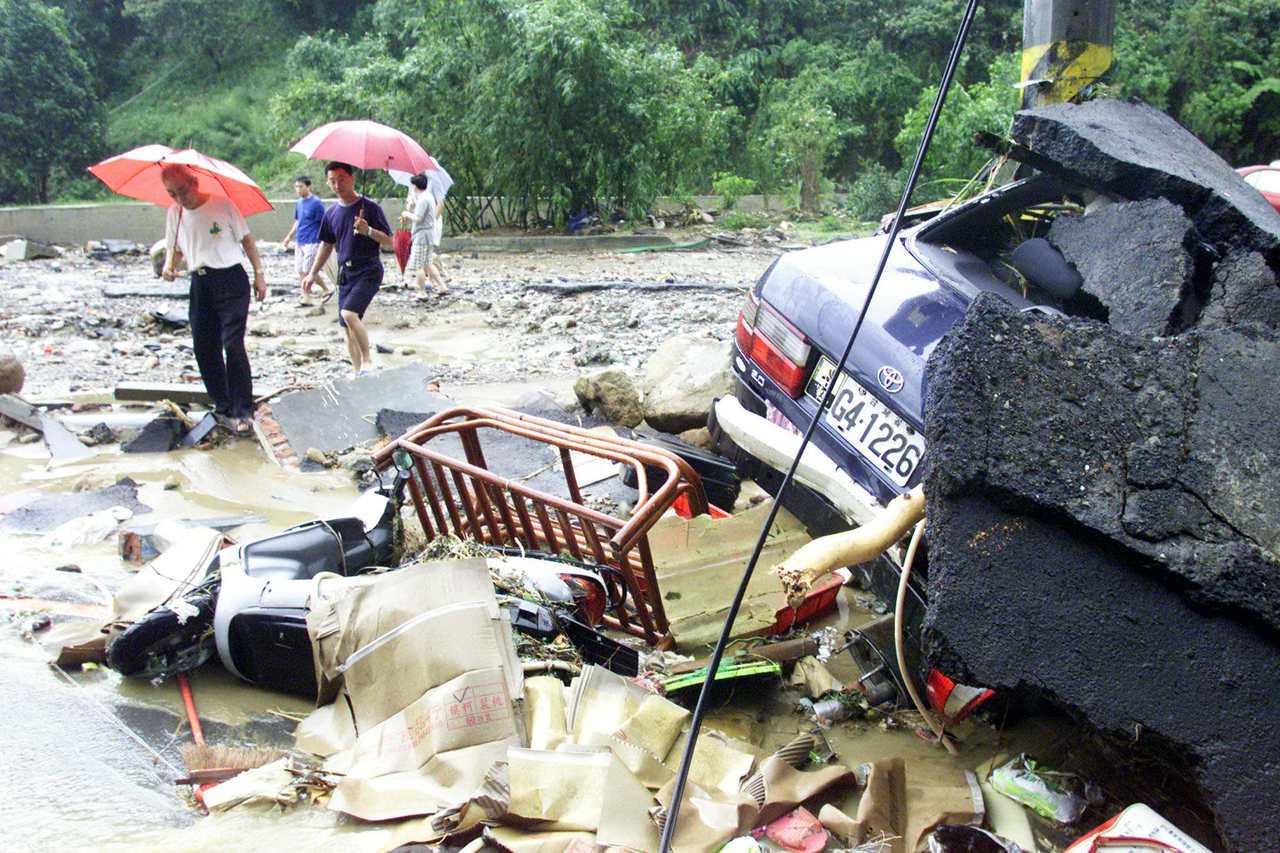 2001年9月18日納莉風災汐止康誥坑溪情況。 聯合報系資料照