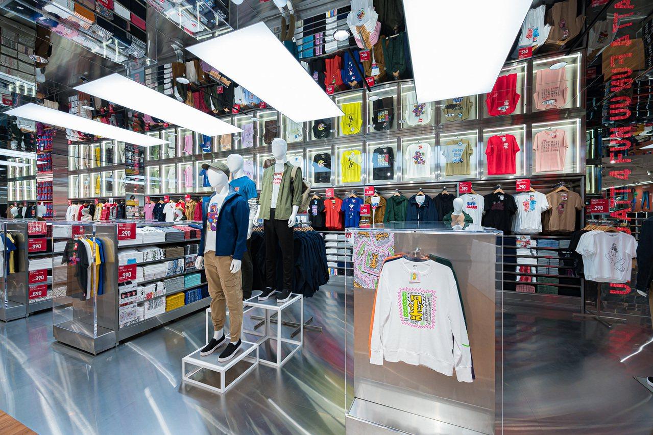 全球旗艦店等級的UT光廊。圖/UNIQLO提供