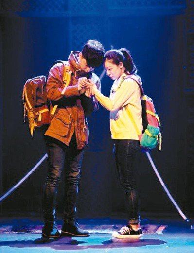 「尋找金鐘旭」演員的演技、歌聲及顏值都讓人驚豔。 記者徐兆玄/攝影