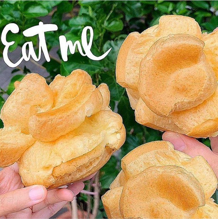 台南百珍麵包蛋糕的大泡芙,外皮鬆脆可口。IG @iamirenesu 提供