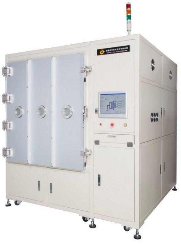 馗鼎奈米科技所生產的PD07電漿去膠渣機。 馗鼎奈米/提供