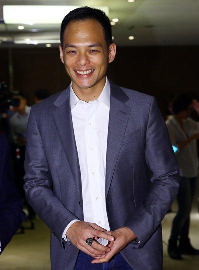 三三企業交流會九月份月會邀請台哥大總經理林之晨以「5G與超5G」為題發表演說。 ...