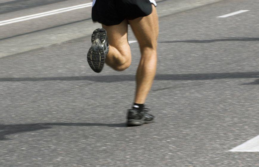 很多人認為罹患高血脂症不用吃藥,只要多運動、飲食清淡就能控制,是相當常見的錯誤迷...