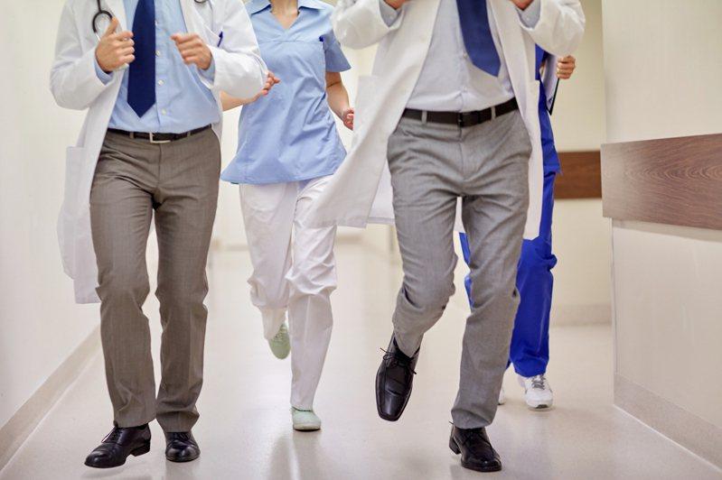 親愛的病人與家屬,全世界最希望您健康的就是一線醫護了!