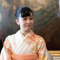 「日本最美公主」佳子公主首次出訪全程甜笑、舉止高雅 展現不凡的皇家風範博好評