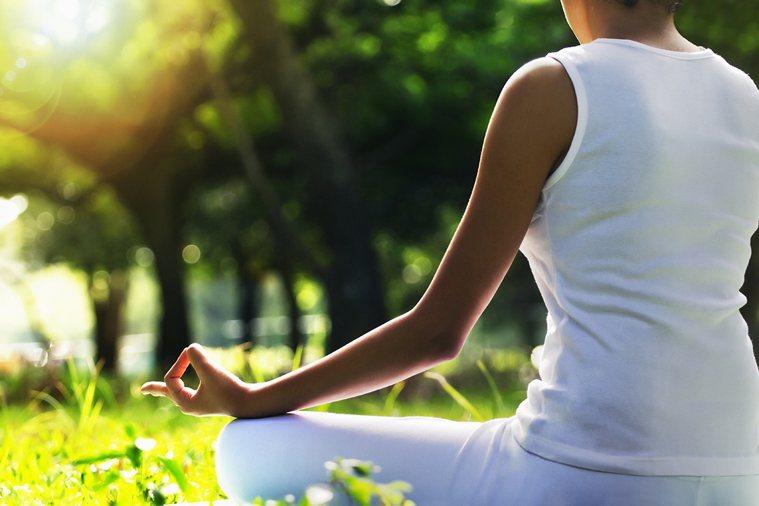 望能大家以正向思考激發力量,克服困難邁向陽光。 圖片/ingimage