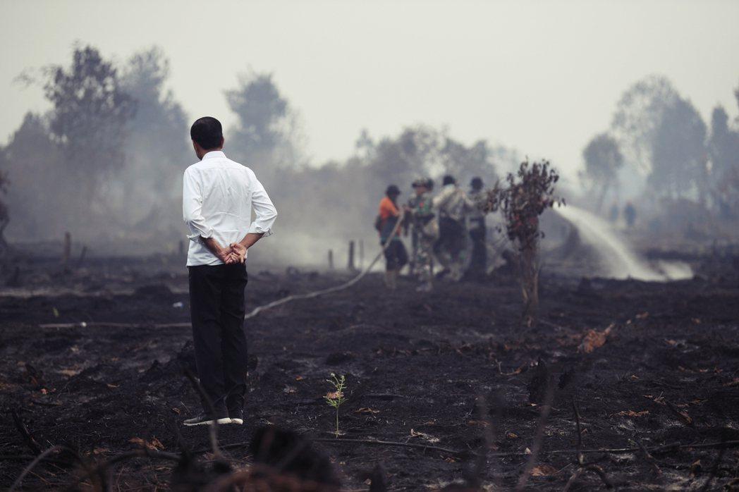 「無論火苗多小,盡快撲滅就對了...,火只要竄出來,我們就應該要馬上偵測到。」這...