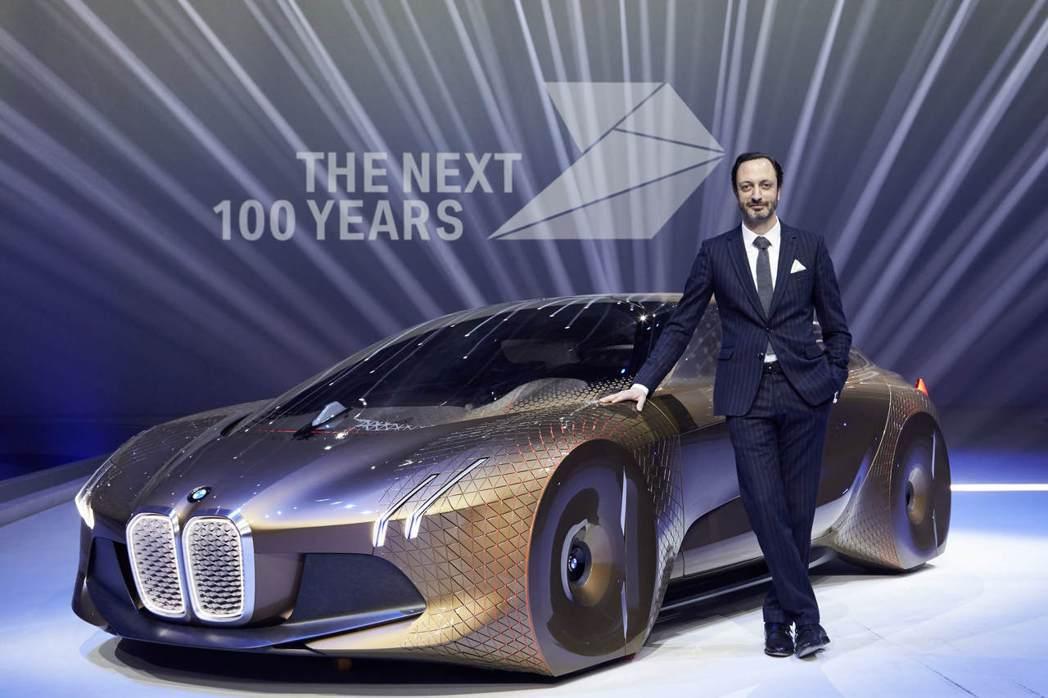 Kia期望藉由Karim Habib長時間在豪華品牌擔任設計師的經驗,帶領Kia...