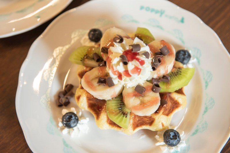 ▲水果的擺盤如游樂園的摩天輪般,是店員設計的小巧思。