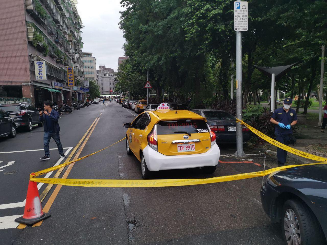 警方獲報後趕抵現場,在現場拉起封鎖線。記者柯毓庭/翻攝