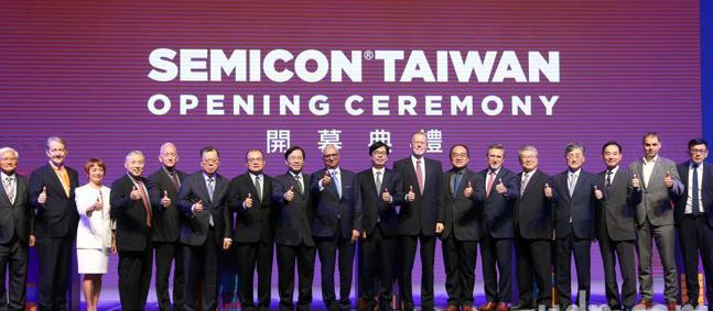 台北國際半導體展(SEMICON TAIWAN)開幕,南港展覽館登場超過700家...