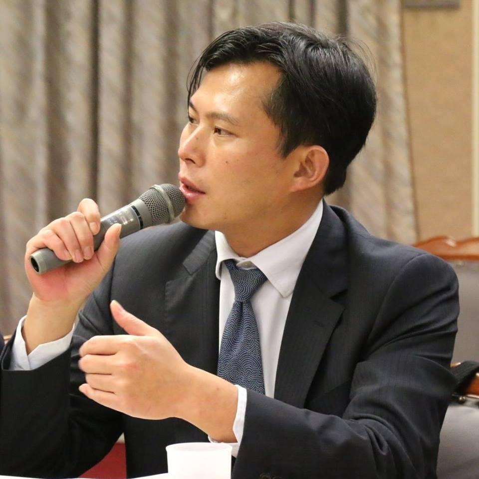 時代力量立委黃國昌。取自臉書