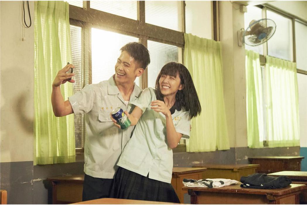 李淳的文藝新片「陪你很久很久」下個月將上映,自己的感情也成為外界關注焦點。圖/威...