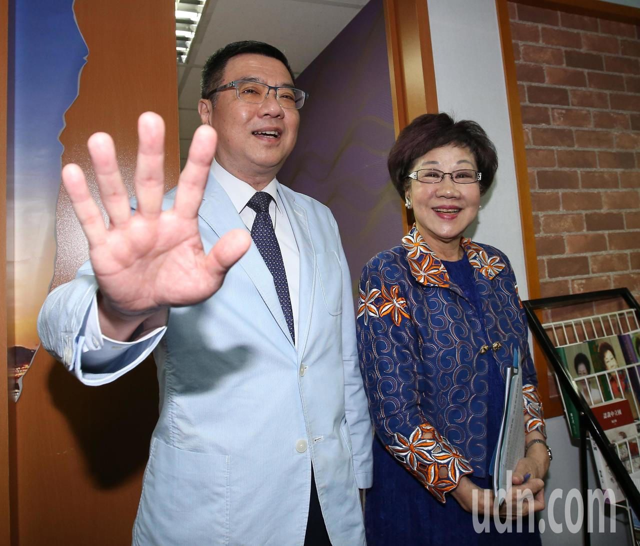 前副總統呂秀蓮(右)上午與民進黨主席卓榮泰會面。記者林澔一/攝影