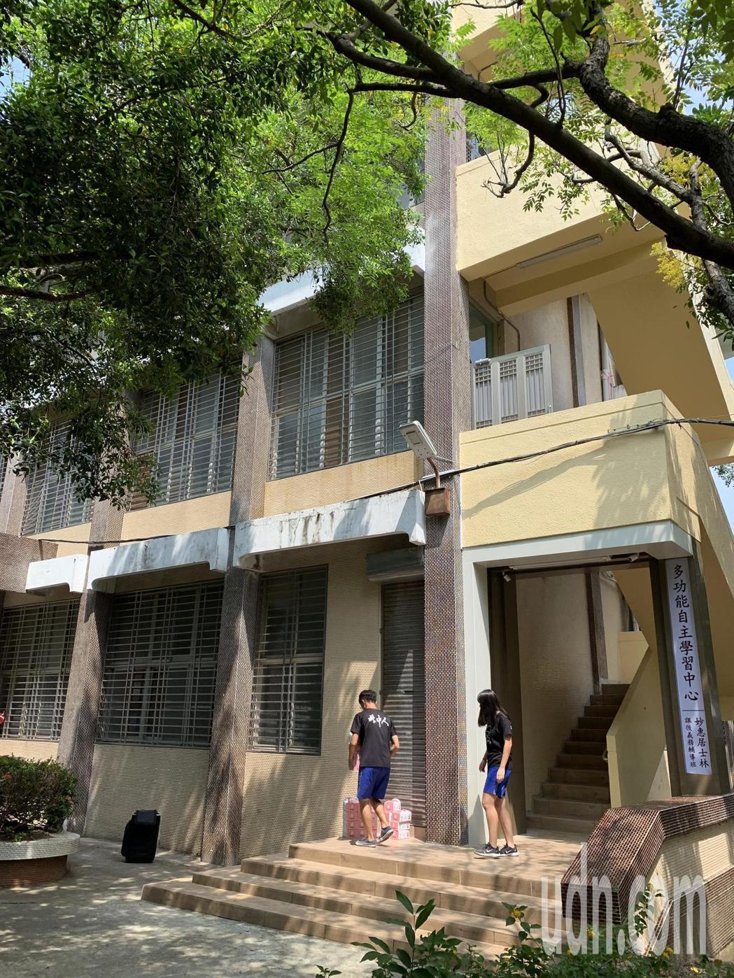 北門高中舊圖書館翻新成學習中心超搶手。記者吳淑玲/攝影