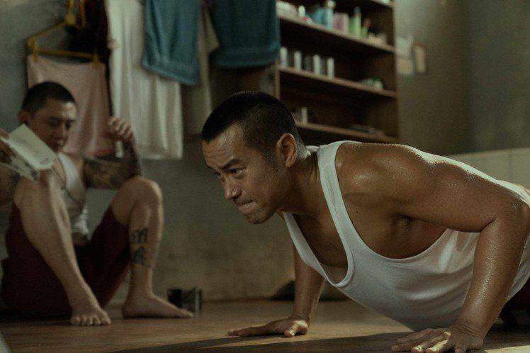 Netflix將推出新戲「罪夢者」,本劇由曾以台灣首部同志喜劇電影「十七歲的天空」聲名大噪,後推出「國士無雙」,「騷人」極具個人風格的導演陳映蓉執導,卡司陣容囊括台灣影視一線演員,包括張孝全、賈靜雯...