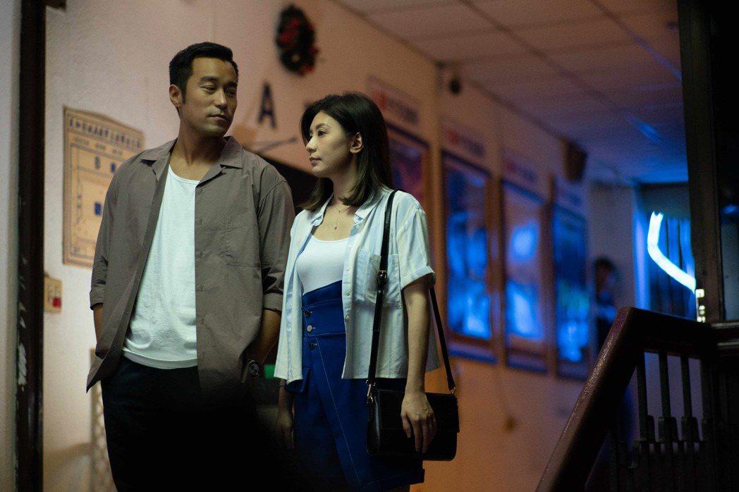 張孝全(左)和賈靜雯合作演「罪夢者」  圖/Netflix提供