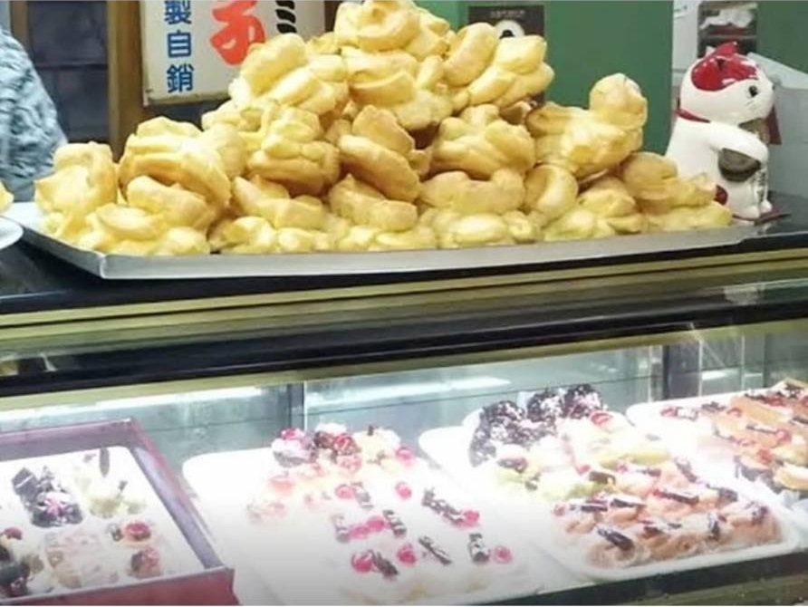台南百珍麵包蛋糕的台式大泡芙,樸實無華就像兒時點心。IG @star168280...