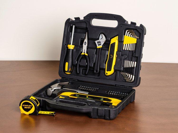 特力屋9月19日至10月8日推出夏出清優惠,Stanley家用工具套裝47件組原...
