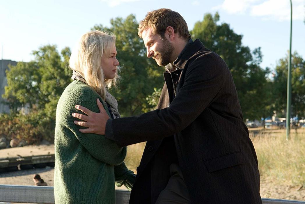 蕾妮茲薇格與布萊德利庫柏曾因合作而談了一段戀愛。圖/摘自imdb