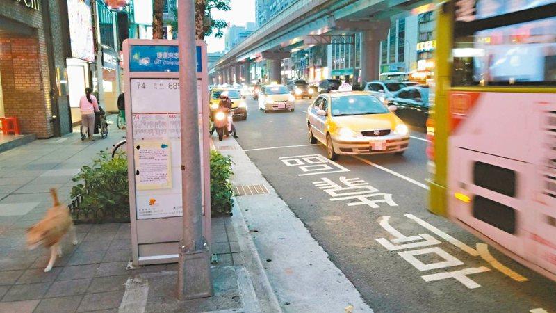 公車示意圖,與本事件無關。 圖/聯合報系資料照片