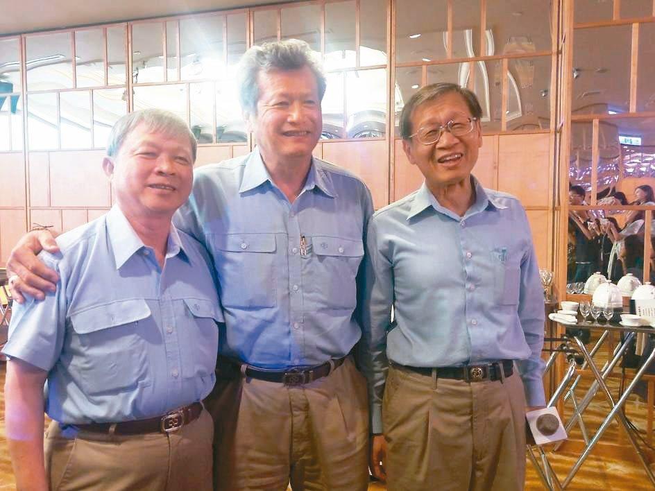 中鋼公司高層人事將變動,總經理林弘男(左起)即將在本月屆齡退休,外界認為從董事長...