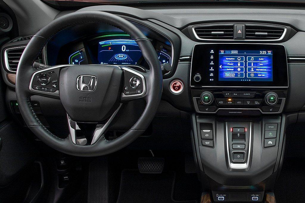 Honda CR-V Hybrid車型除改為按鈕式排檔外,也擁有專屬多功能顯示儀...