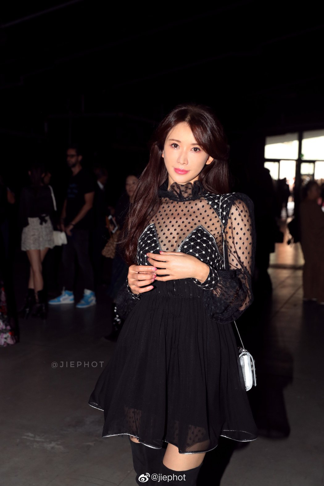 林志玲現身在米蘭時裝周。 圖/擷自微博