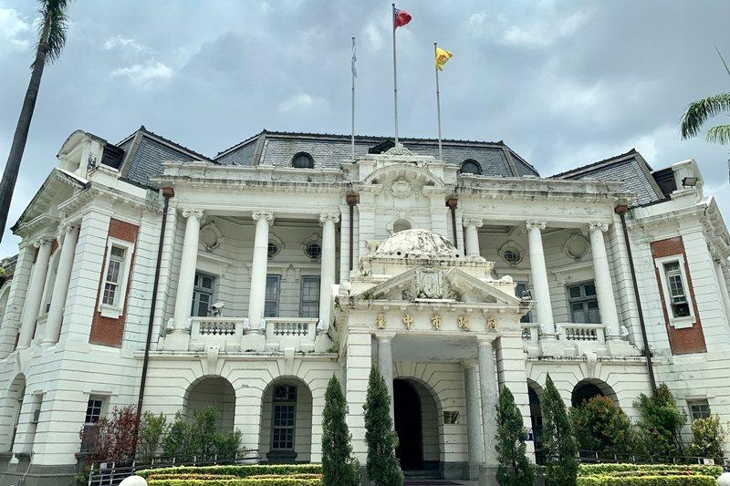 文化部本來有意在此展示順天美術館捐贈的652件畫作。圖為台中州廳。 圖/聯合報系資料照