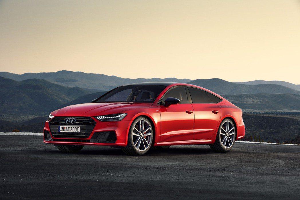 全新Audi A7 Sportback 55 TFSI e quattro充電孔...